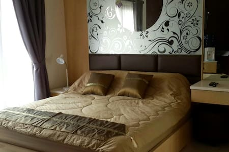 Cozy Studio Apartment Close to SCBD - Setiabudi - Pis