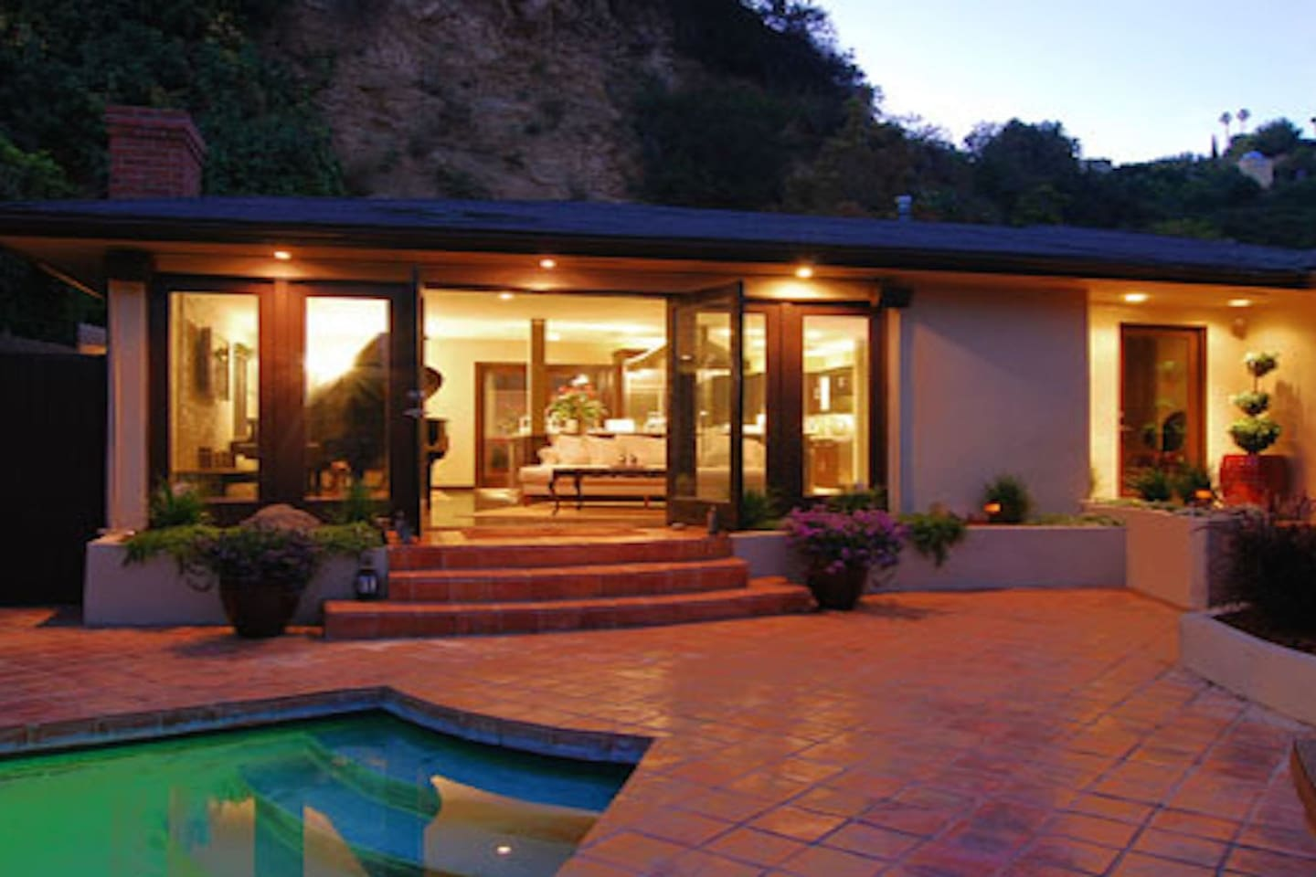 luxurious hollywood hills home w pool houses for rent in los