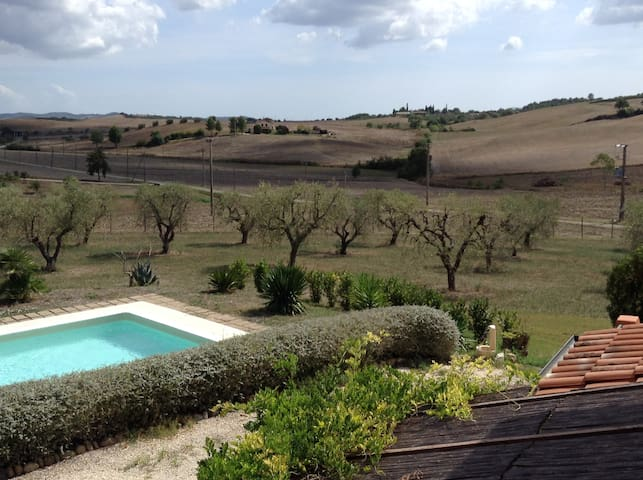 Farmhouse in Tuscany: sea & nature - La Sgrilla