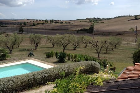 Farmhouse in Tuscany: sea & nature - La Sgrilla - Casa