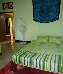 Chill House Cimaja - Green Room - Cimaja - Huis