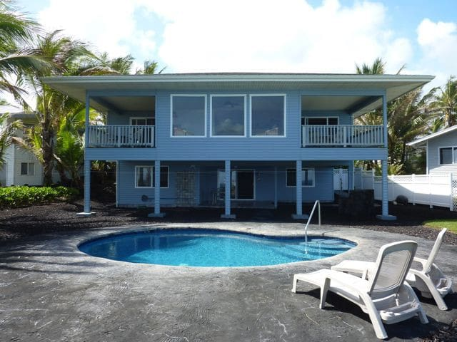 Private Oceanfront Home w/Pool - Pāhoa - Dom