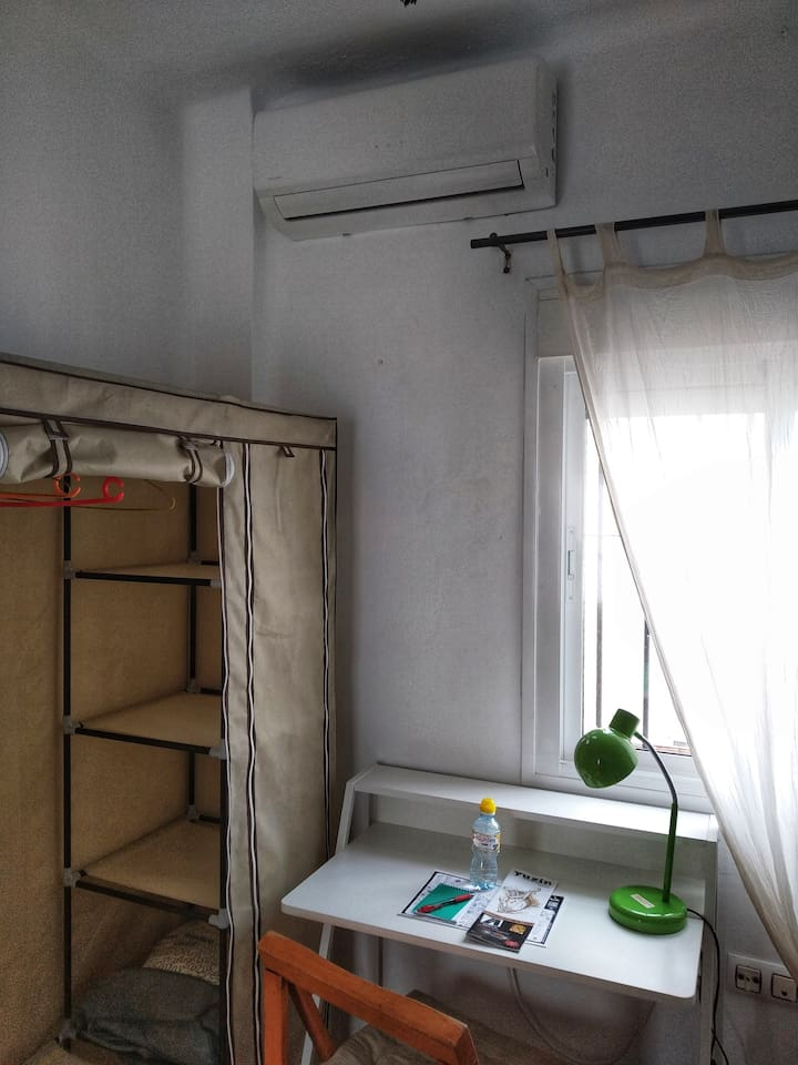 Aire acondicionado / Air conditioner