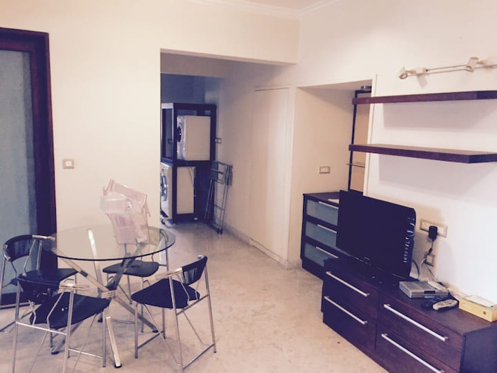Close to city center 2 bd rm apt