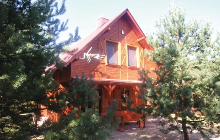 Holiday cottage with 4 bedrooms on 67m² in Osiek