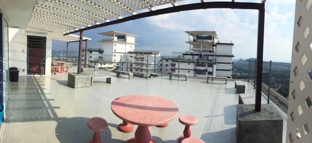 Sky View Penthouse USJ21, Subang Jaya