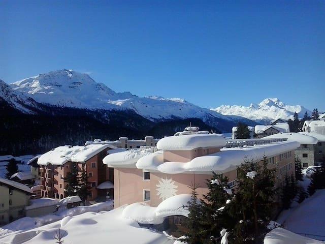 Cozy Studio Champfèr - St. Moritz
