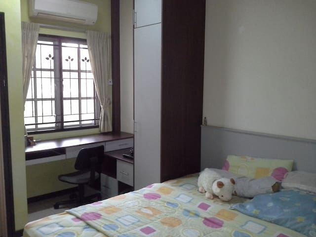 Homestay Room (attached Bathroom)