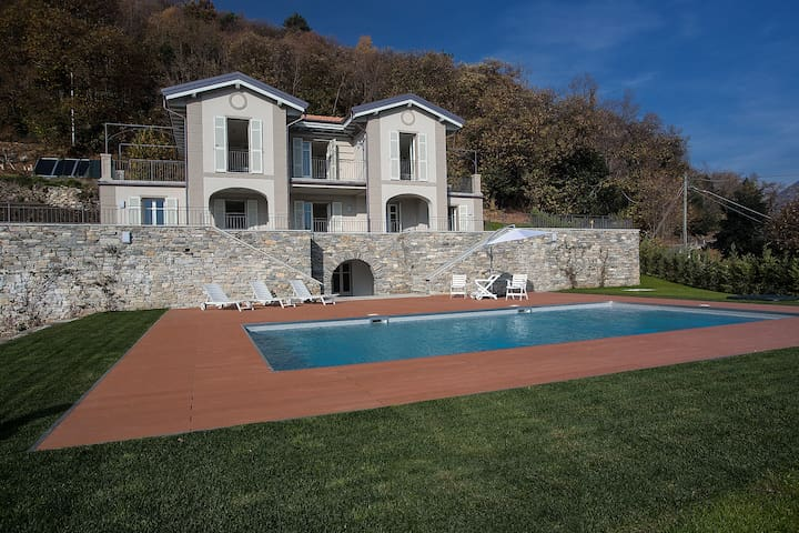 Exclusive villa with stunning lake view - Verbania - Villa