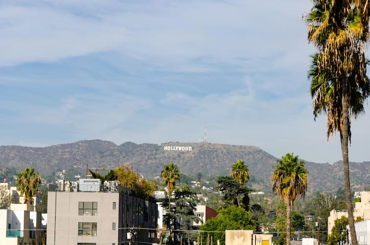 VIP&SANITIZED  Hollywood 5bed Suite+Parking #09b