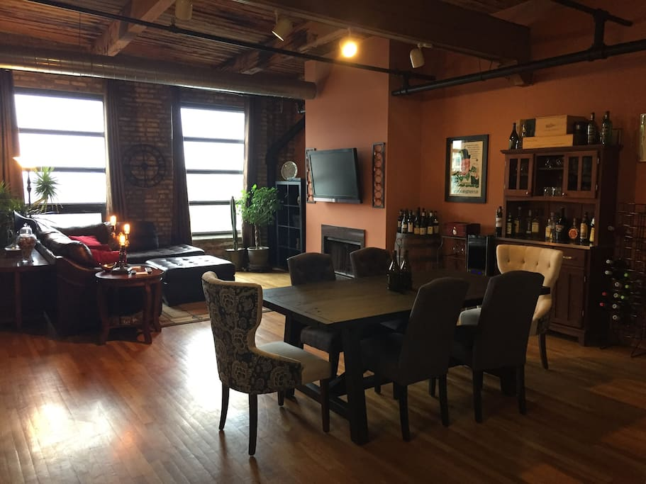 Private Room In Large Loft In HEART Of West Loop Apartments For Rent In Ch