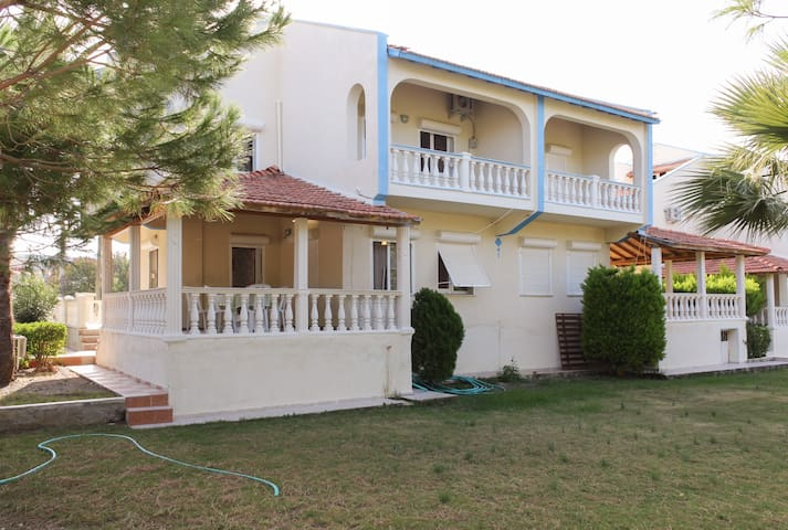 SEASIDE HOLIDAY VILLAS IN CESME - Ildırı - Villa