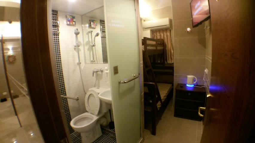 Family Hotel for 3 pax Rm.11 (3rd pax extra pay)