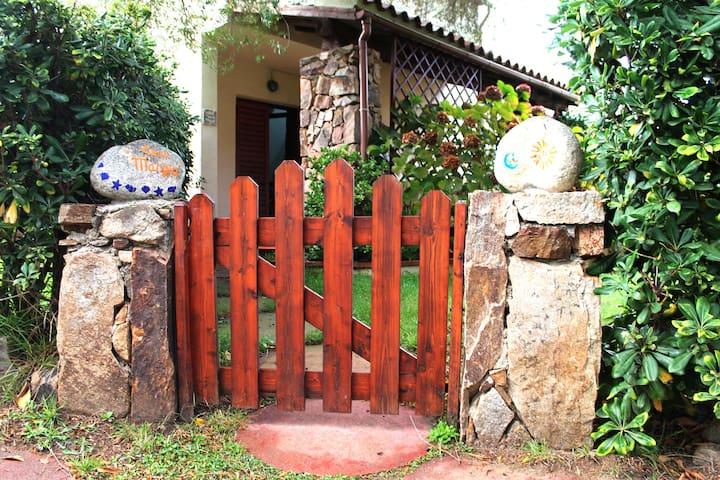 Sardinia Beautiful home with garden - ซาน เทโอโดโร - วิลล่า