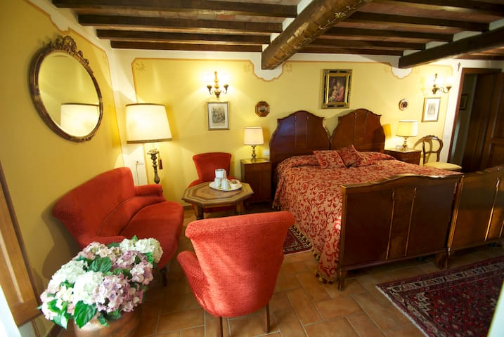 Juonior Suite con Vista Parco - Todi - Bed & Breakfast