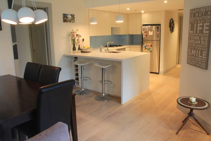 Recently renovated, quiet location! - North Sydney - Apartamento
