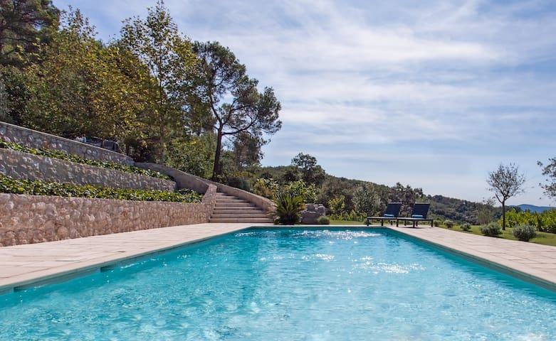 Gorgeous villa and pool which is just ten minutes away from Cannes and sea - Pegomas - Villa
