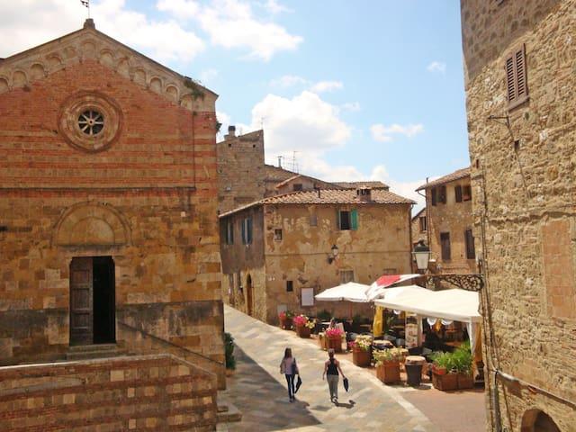 Appartamento Canonica, tra San Gimignano e Siena - Colle di Val D'Elsa - Lägenhet
