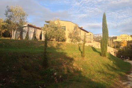 La Finestra sugli Olivi - Firenze - Bagno A Ripoli - Rumah