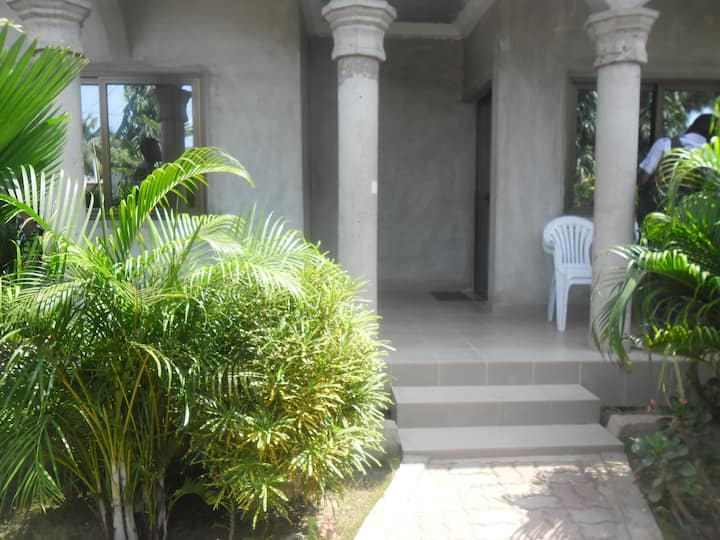 Maison Cotonou tout confort.