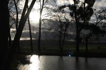 Petit lac dans le village