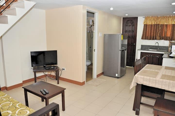Pal-Watson Apartments 7