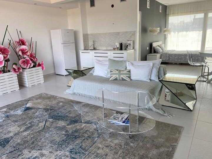 CasaGreek Athens  Gray Apartment Nea Filadelphia