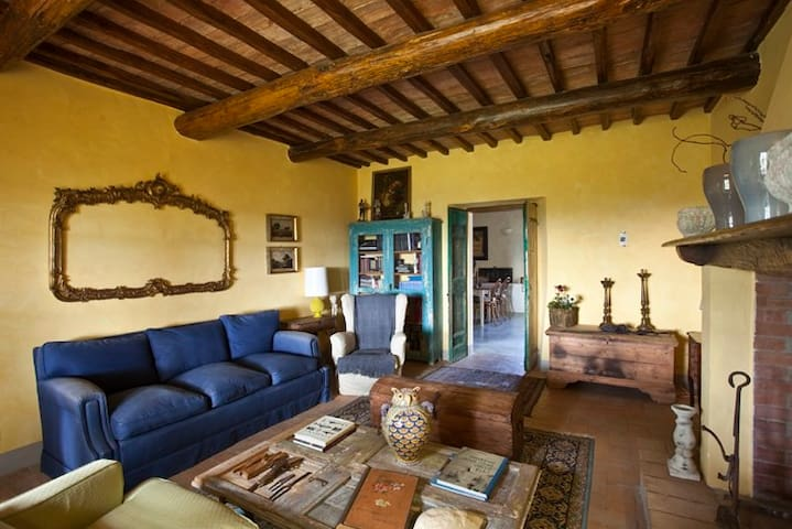 Luxury Spacious Country Villa Rome - Magliano Sabina - Casa de camp