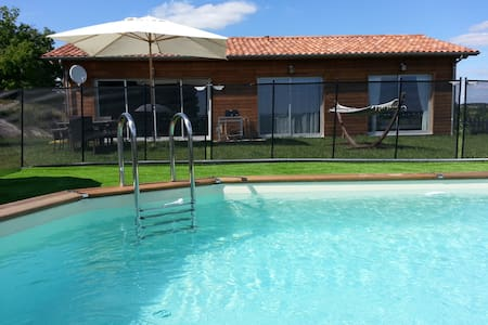 Villa neuve jacuzzi piscine  wifi 3ch près Bergera - Singleyrac - Hus