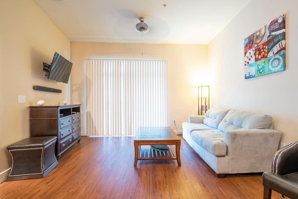 Luxury 1 bedroom city centre condo apartments for rent - One bedroom apartments in houston ...