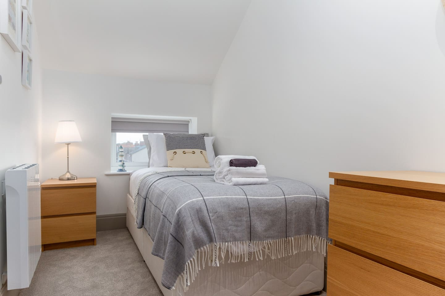 """Single bedroom  ⭐Our guests say: """"cosy, comfortable and relaxing""""⭐"""