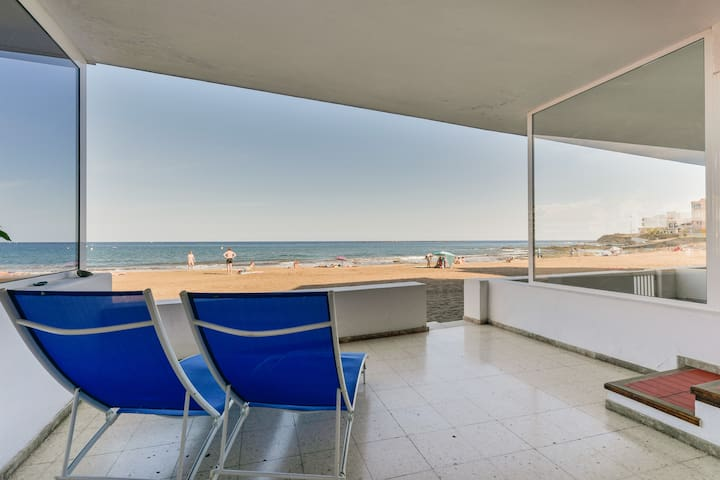 Apartment on first line of beach - Salinetas - Apartamento