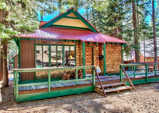 ***( Sierra @ Tahoe Rustic Retreat )***