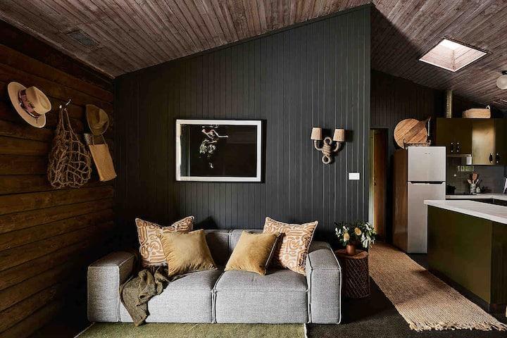 The Log House - Johanna