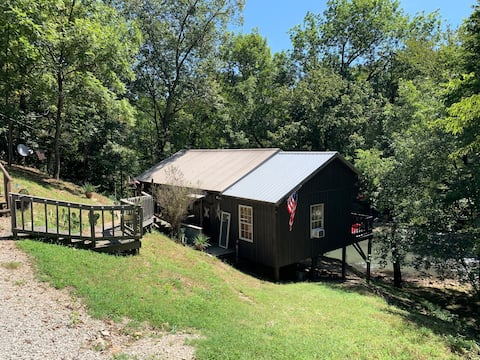 Humble Red River Cabin