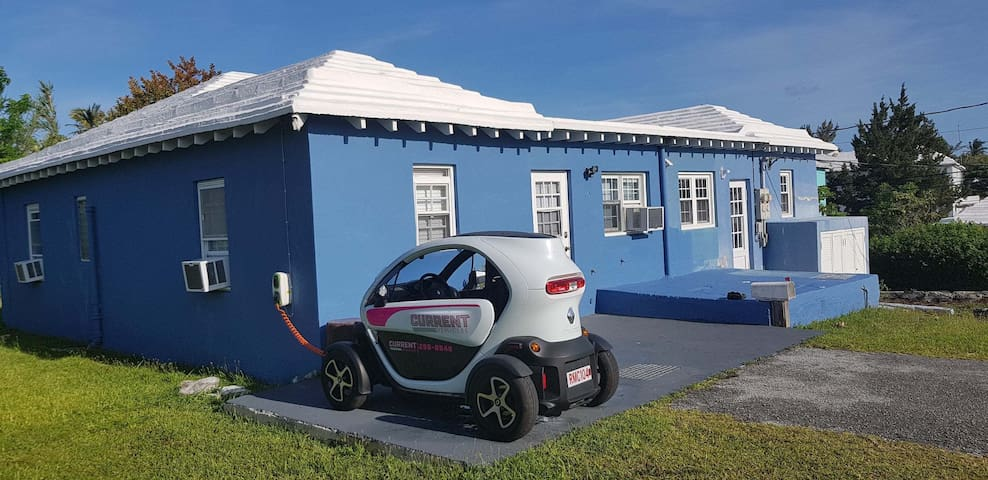 ACACIA COURT 2S Quiet Garden Setting & Twizy Charg