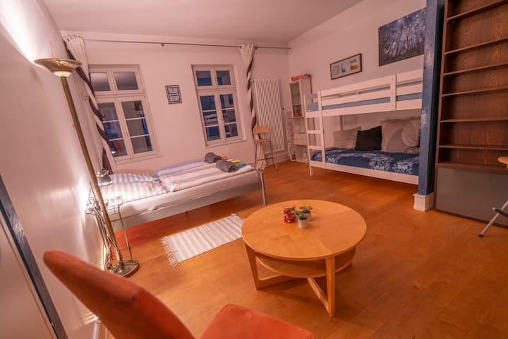 beautiful private room in Heidelberg Old town