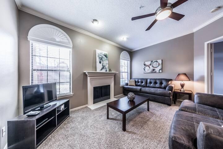 Spacious Galleria Apartment 828 - Houston - Appartement