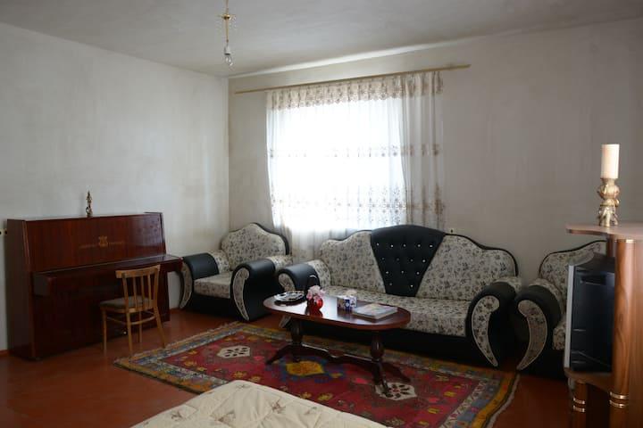 SHUSHAN guest house