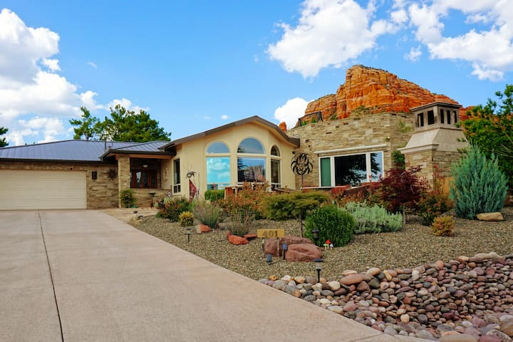 2 Bdrm, 2 bath home in the heart of Sedona.