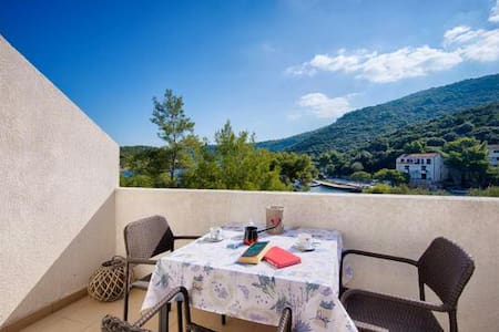 Apartments Bruna Lastovo-One Bedroom Apartment with Balcony and Sea View