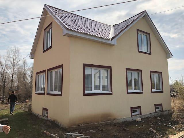 Дом с русской баней и бассейном/House with Russian bath and pool