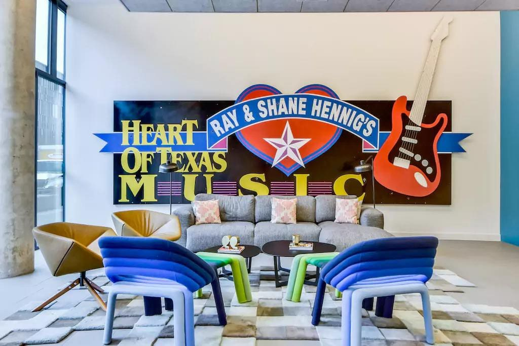 Furnished Urban City Apartment Balcony Apartments For Rent In Austin Texas United States