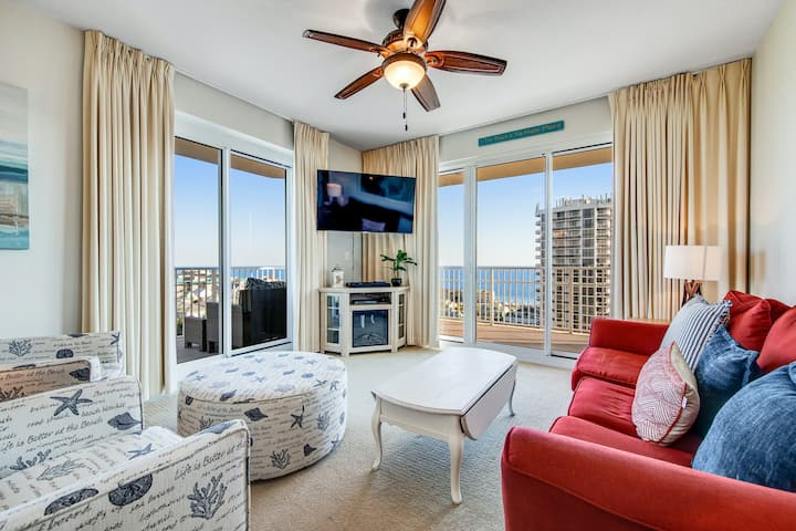 Ocean view resort condo w/shared heated outdoor pool, gym, and beach access!