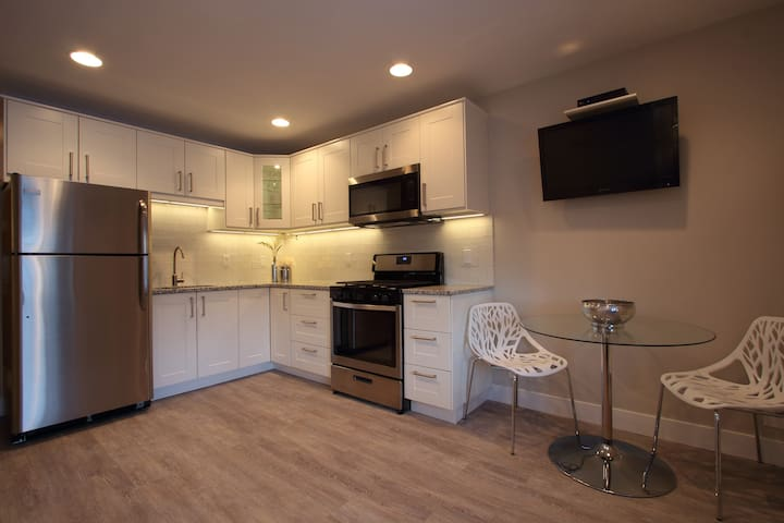 Remodeled Studio In The Heart Of Park City!