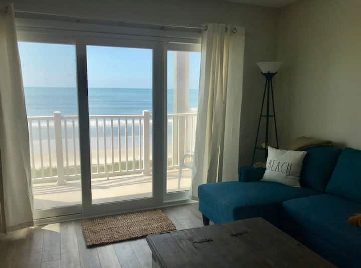 Panoramic Views - Topsail Dunes Condo with Pool