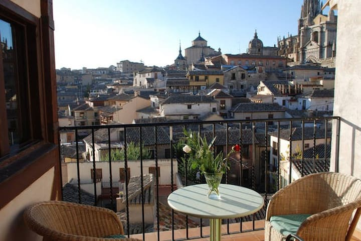 ROMANTIC APARTMENT TOWN CENTER - Toledo - Lejlighed