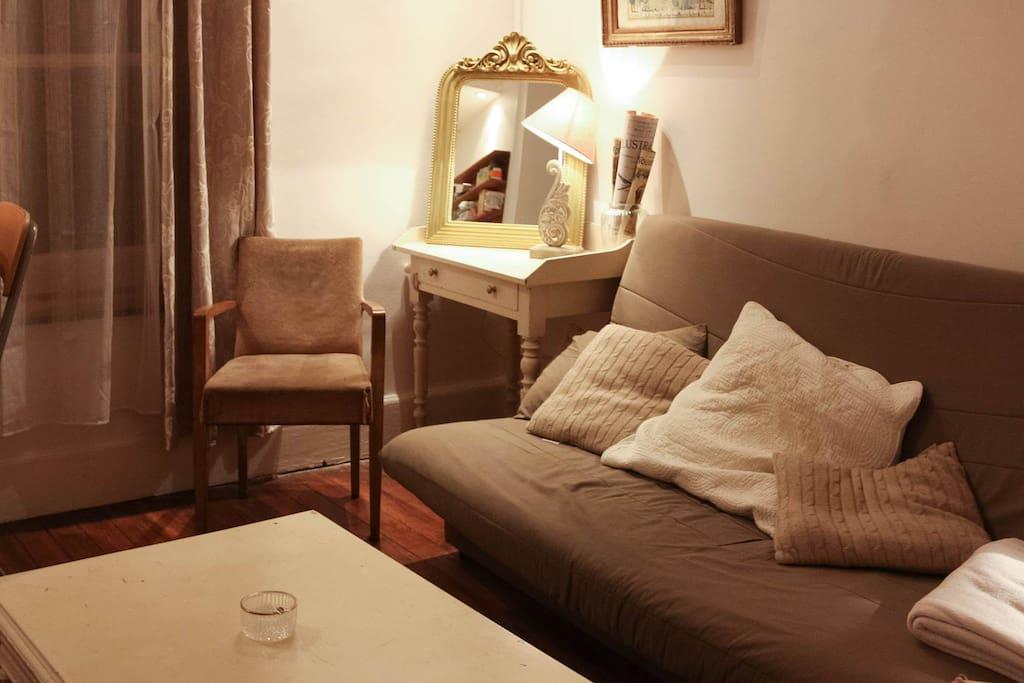 logement au coeur du vieux lyon 4p appartements louer lyon rh ne alpes france. Black Bedroom Furniture Sets. Home Design Ideas