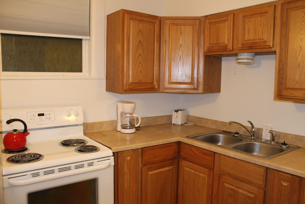 One Bedroom Apartment In Triplex Apartments For Rent In Spokane Washington United States