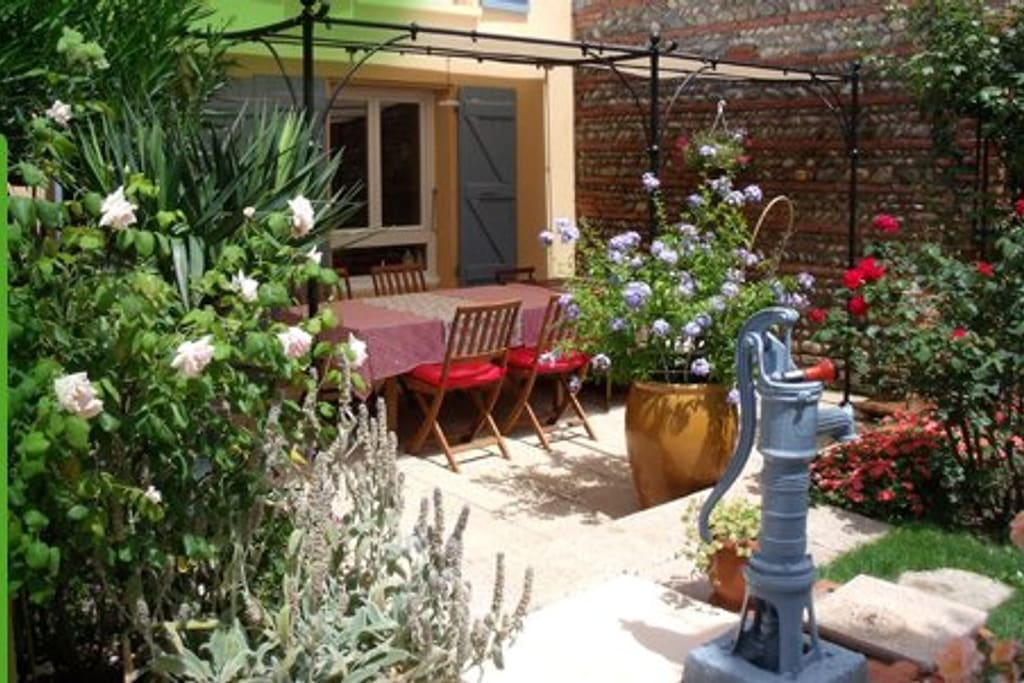 Chambres et table d 39 h tes toulouse houses for rent in for Chambre d hotes toulouse